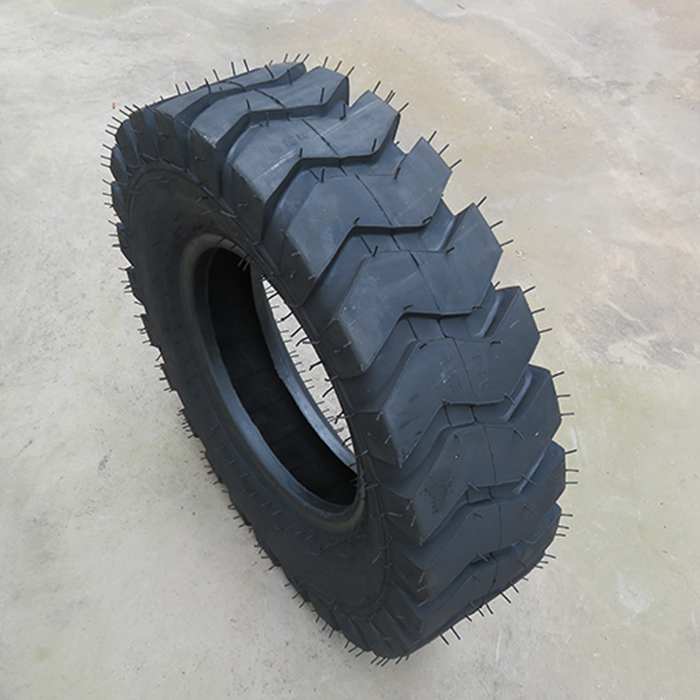 Semi-solid tires for forklift loaders 825-16 1200-16 20.5/70-16 16/70-20