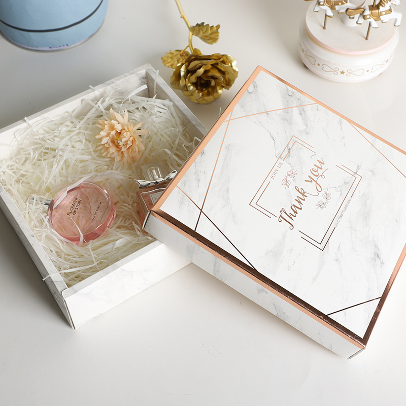 QIANXITANG Hand-in-hand gift box Marble birthday box Creative wedding candy box Mug vacuum cup candy