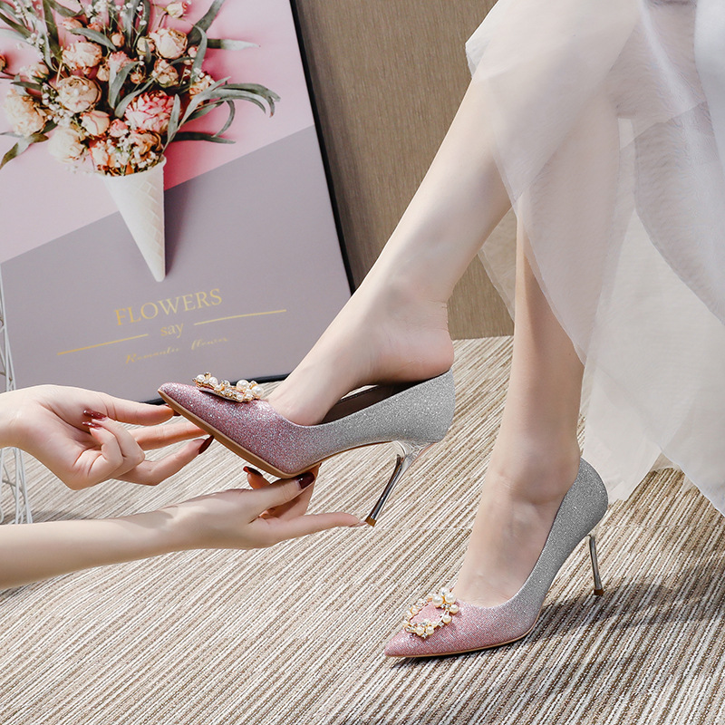 Wedding shoes women 2020 autumn new bridal shoes pointed toe single shoes stiletto pearl buckle grad