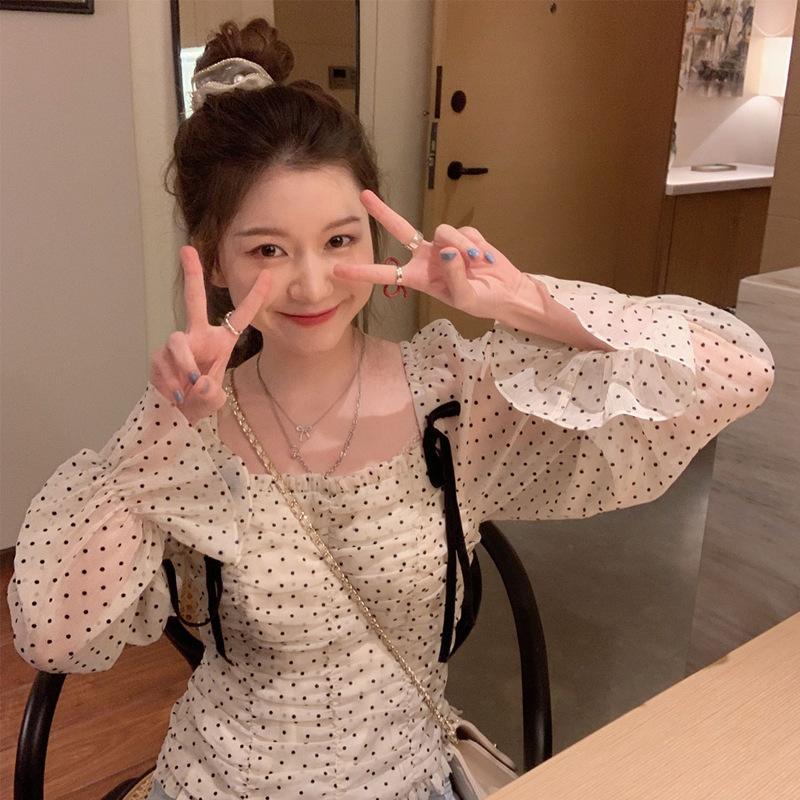 Bo Bo girl Korean version of the new loose design polka dot blouse female spring and autumn 2021 fas
