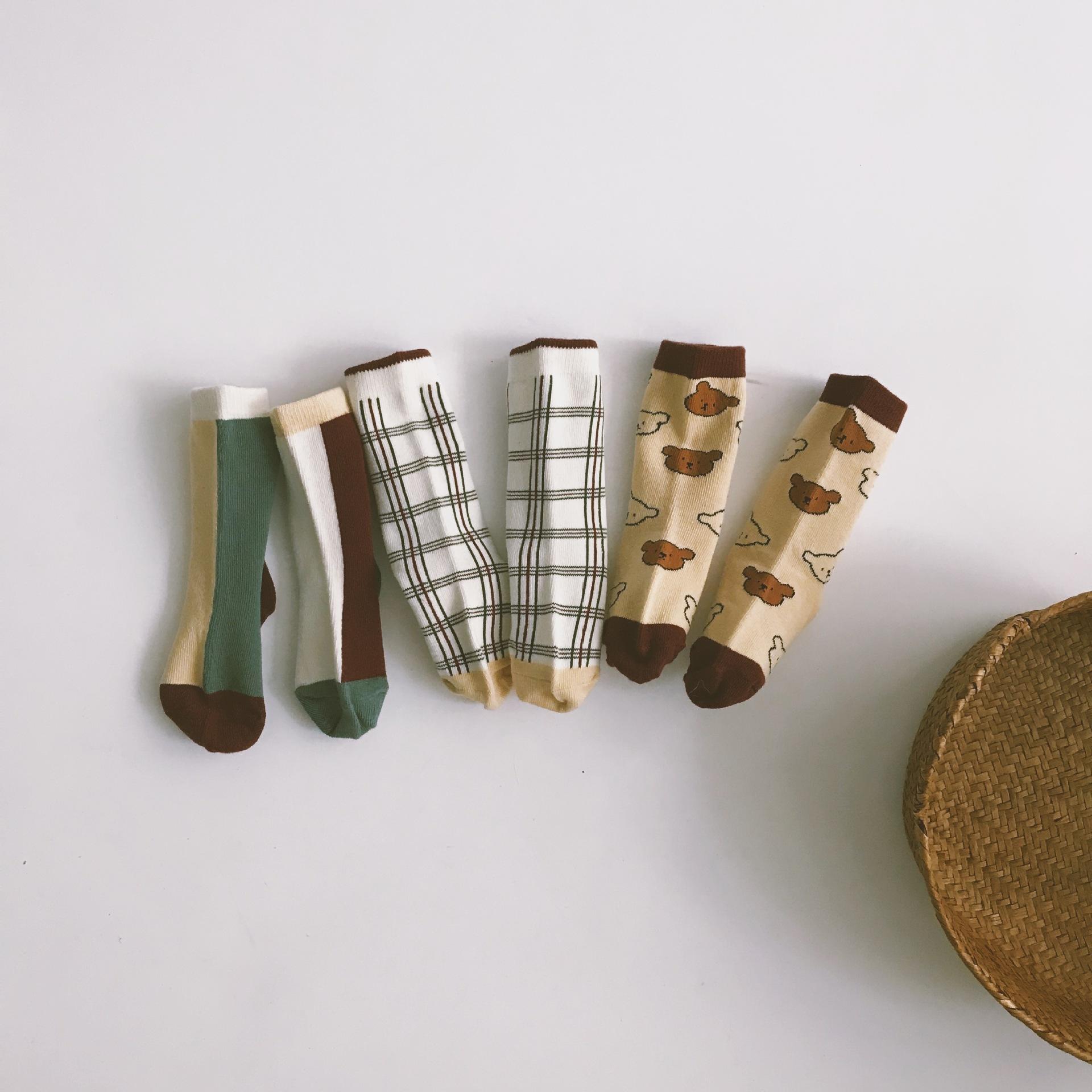 Children's socks, baby cotton socks, mid-tube socks, bear check pattern combination socks, mid-tube