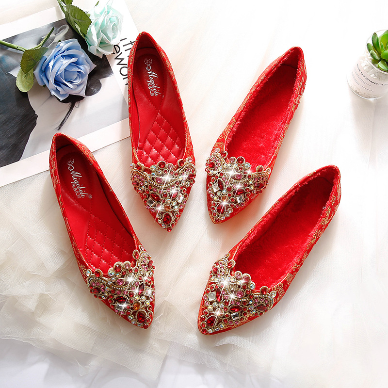 Pregnant women wedding shoes women 2021 new bridal shoes red flat women's single shoes pointed toe