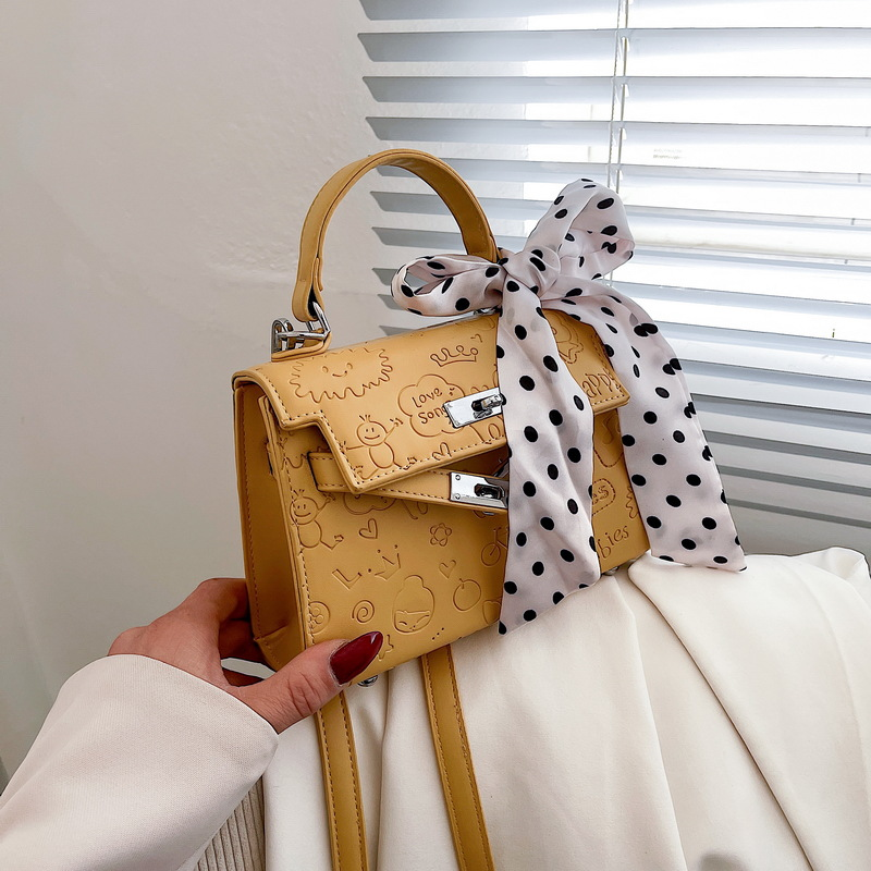Embossed bag female new spring and summer 2021 foreign style fashion stereotyped handbag net red rib