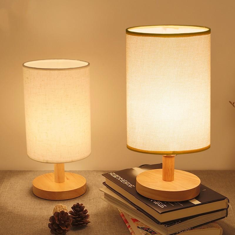 Bedroom bedside lamp Retro nostalgic table lamp Simple and creative bedside lamp Warm feeding night