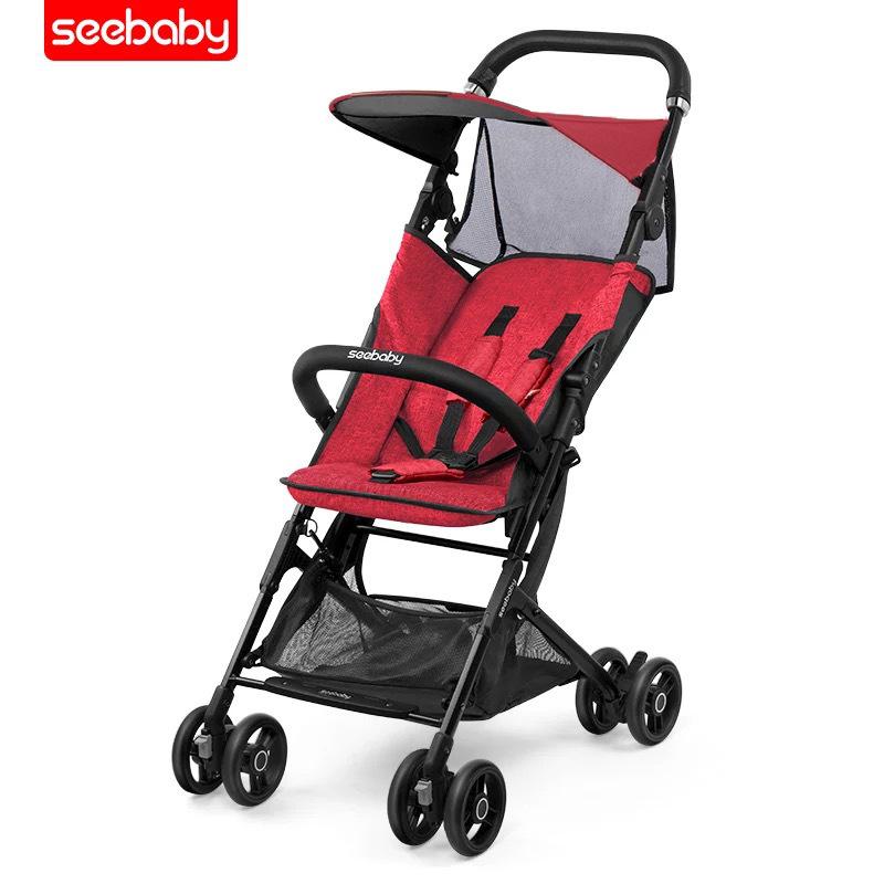 Xe đẩy Seebaby có thể ngồi, ngả và gấp lại nhẹ nhàng .