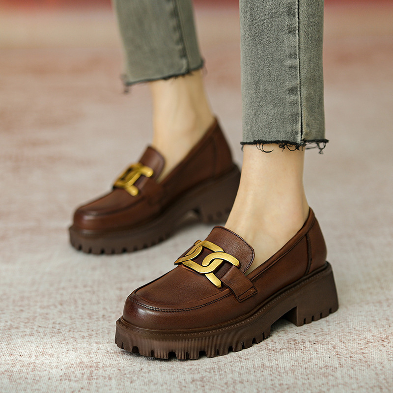 2021 spring and autumn new cowhide women's shoes casual British style retro loafers thick-soled col