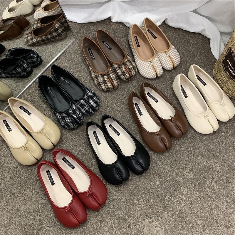 Giày da một lớp Giày đậu Hà Lan giày nữ 2021 mới mùa hè giày móng lợn tách ngón giày mũi giày lười g
