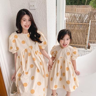 2021 mới cha mẹ mặc mẹ và con gái váy mùa hè cô gái váy chấm bi cô gái nhỏ váy công chúa phương tây