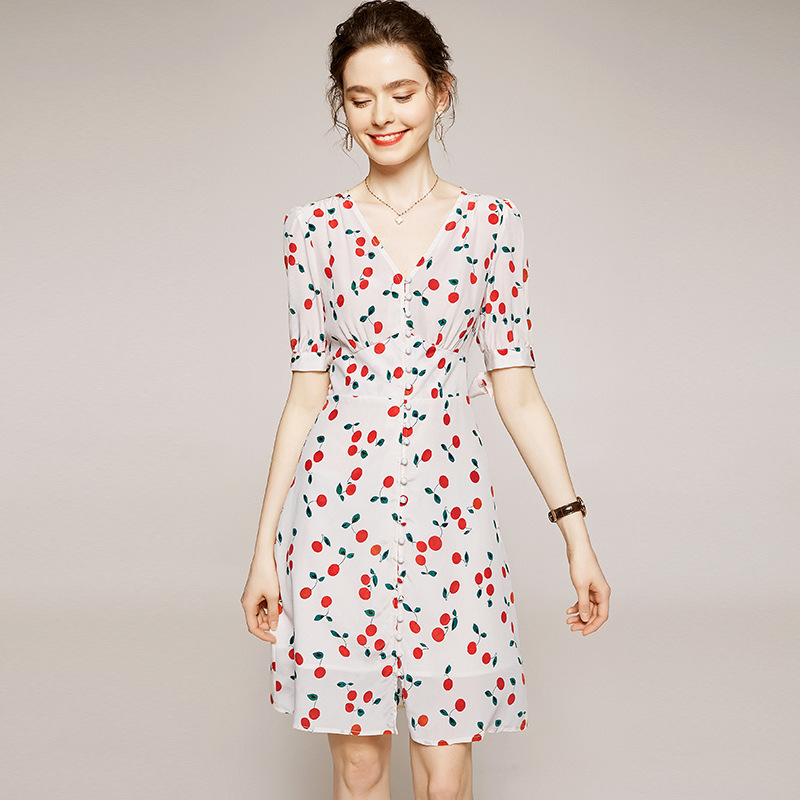 2021 European and American summer new style women's mulberry silk cherry print V-neck five-point sl