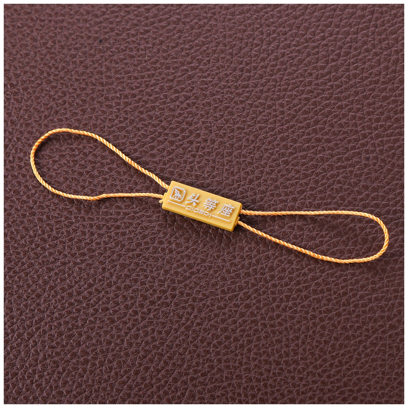General purpose hanging tablets custom bullet hanging tablets spot clothing tag lanyard toy jewelry