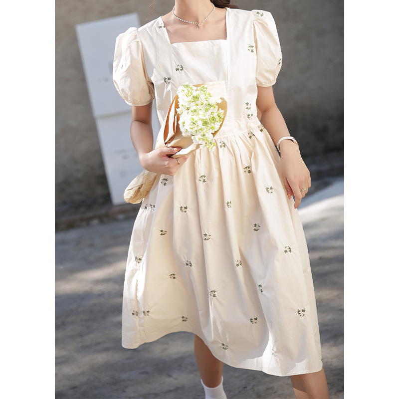 French square collar embroidered dress female summer 2021 new style Korean loose and thin A-line flo