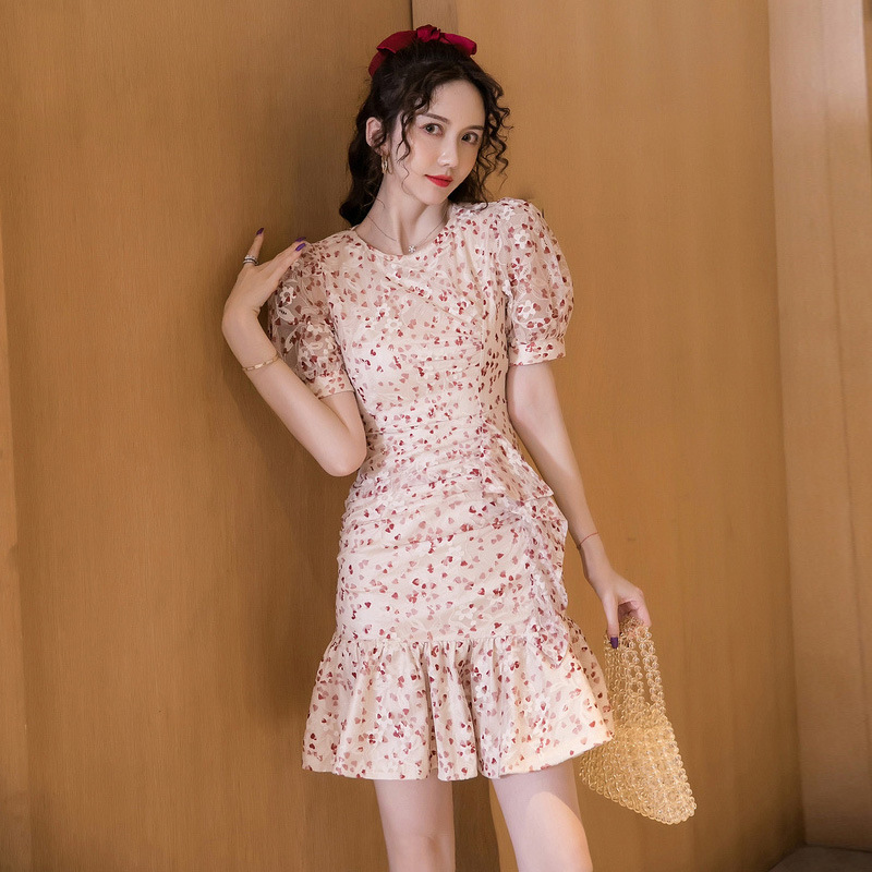 Floral dress female summer 2021 new small French style light mature temperament goddess fan lace fai