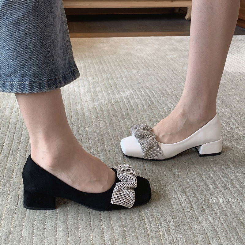 Clouds square toe shoes women spring and autumn leather shoes mid-heel shoes Korean version of Yang