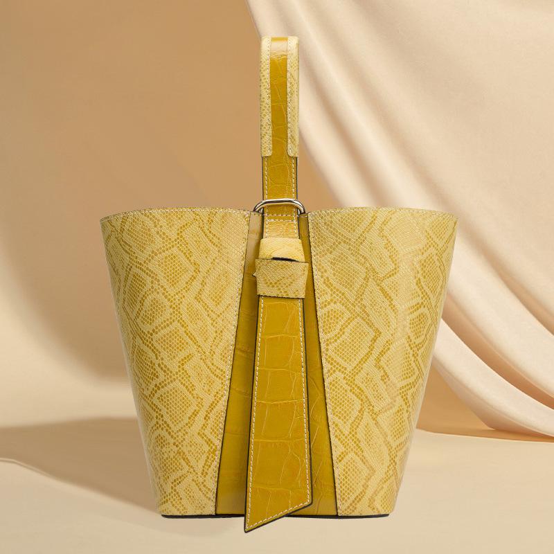 Genuine leather handbags 2021 summer new fashion first layer cowhide tide Korean version of shoulder